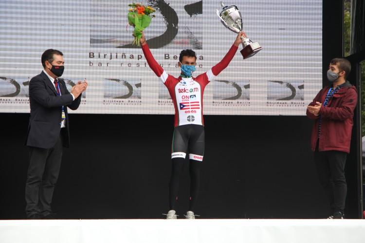 Abner González Valenciaga podium
